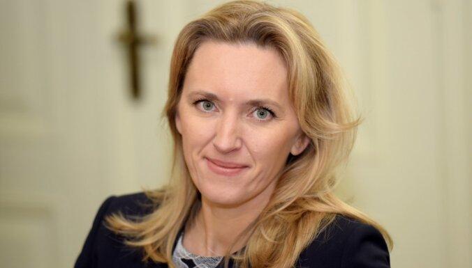 Ieva Ilvesa: Latvijas bērniem zem Ziemassvētku eglītes nepieciešamas digitālās spējas 2021. gadā