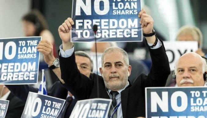 Опрос: 67% латвийцев не волнует разлад между ЕС и Грецией