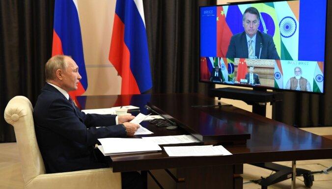 BRICS valstu līderi samitā uzsver Covid-19 vakcīnas nozīmi