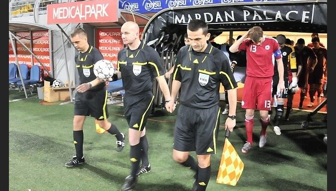 Матчи сборных Латвии и Эстонии в Турции судили арбитры третьей лиги