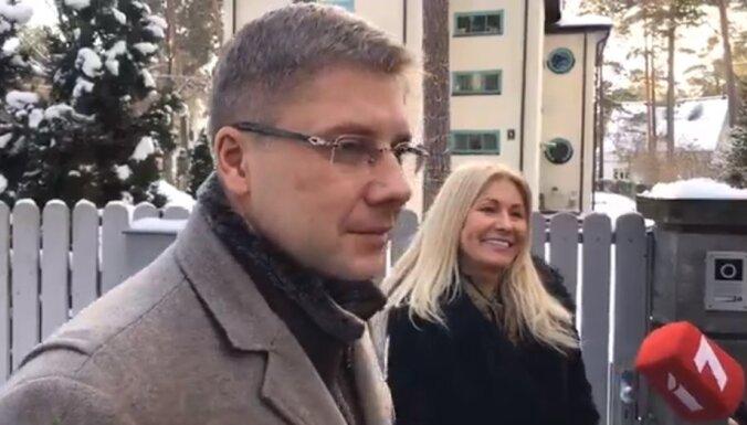 Нил Ушаков: никаких преступлений я не совершал, с поста мэра уходить не собираюсь (ВИДЕО)