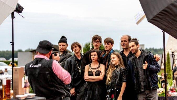 Foto: Āraišos noslēgusies Andra Gaujas filmas 'Nekas mūs neapturēs' filmēšana