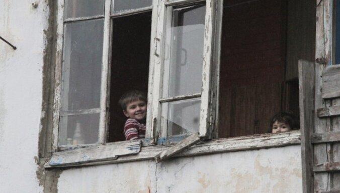 Biedrība līdz gada beigām plāno Latvijā uzņemt vēl 50 ukraiņu bērnus, kuru ģimenes cietušas karā