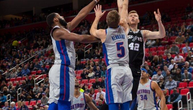 Bertāna pārstāvētajai 'Spurs' pārtrūkst trīs uzvaru sērija