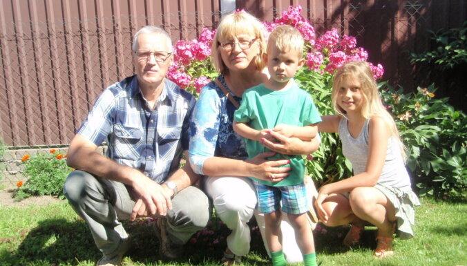 Tētis diviem dēliem un pieciem SOS ciemata audžubērniem. Saruna ar tēti ar lielo burtu Andri Kozlovski