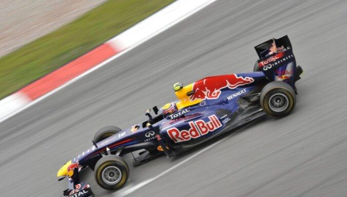 """'Red Bull"""" F-1 komanda 'Renault' dzinējus izmantos līdz 2016.gadam"""
