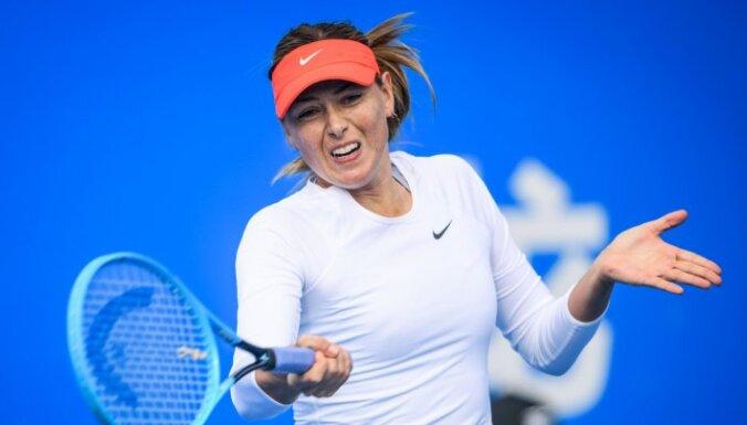 Шарапова и Серена Уильямс выиграли первые матчи в новом сезоне