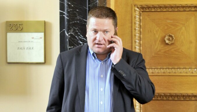 Zaķis vēlēšanu laikā 61 reizi zvanījis balsu pirkšanā vainotajam Kozulim