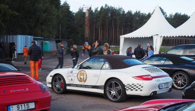 Foto: Latvijas un Lietuvas 'Porsche' klubi sezonu noslēdz Biķerniekos