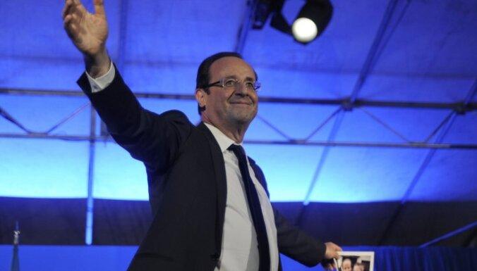 Олланд ускорит вывод французских войск из Афганистана