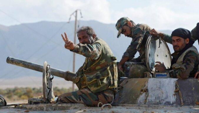 Sīrijas armija no džihādistiem atkarojusi Mejādīnas pilsētu