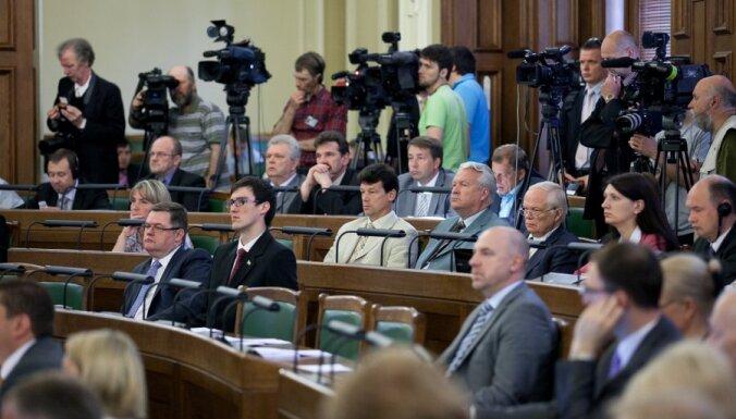 Четверть депутатов Сейма не выходят на трибуну