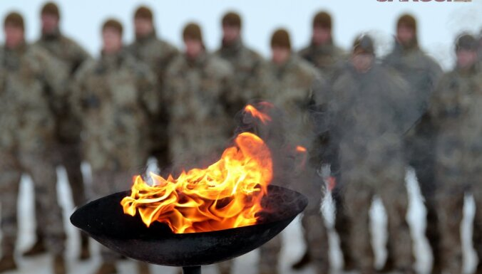 История дня. Может ли Латвия вернуться к обязательному призыву в армию?