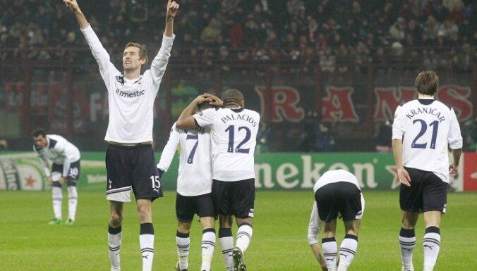 Павлюченко забил первый гол в премьер-лиге