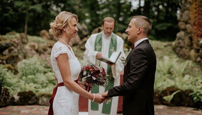 Laulību ceremonijas vieta – baznīcas drupas. Pieredzes stāsti un praktiski padomi