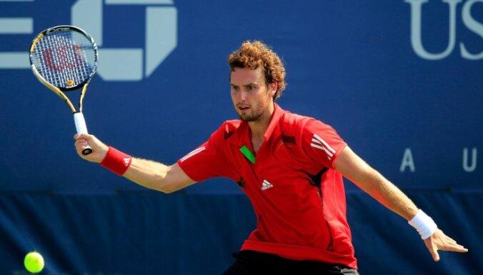 Gulbis un Sevastova zaudē pozīcijas tenisa rangos