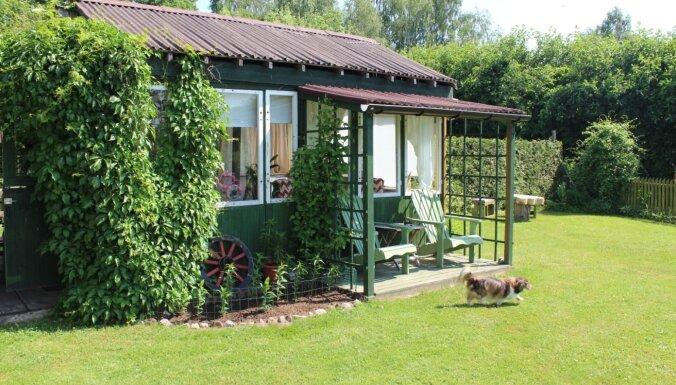 ФОТО. Выбирают лучших: Самые красивые дома и сады из разных частей Латвии