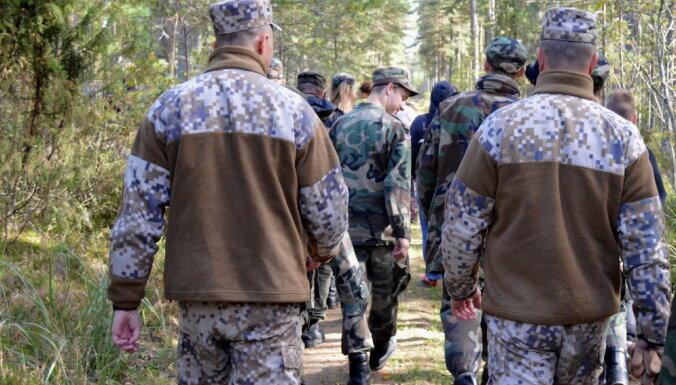 Сейм отложил дебаты о введении военного обучения в школах, которое обойдется в 17 млн евро в год