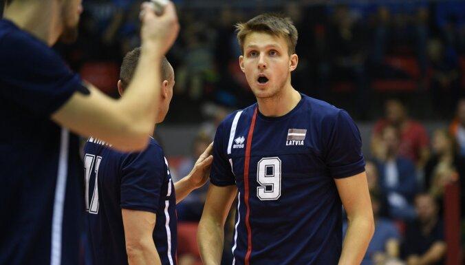 Latvijas volejbolisti pārbaudes mačā zaudē Baltkrievijai