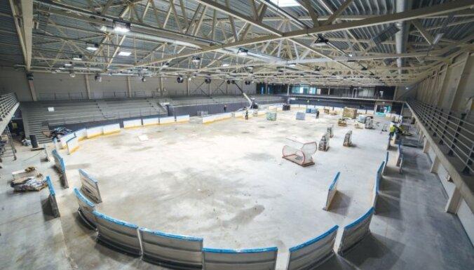 ФОТО: Как выглядит строящаяся ледовая арена Kurbads в Румбуле