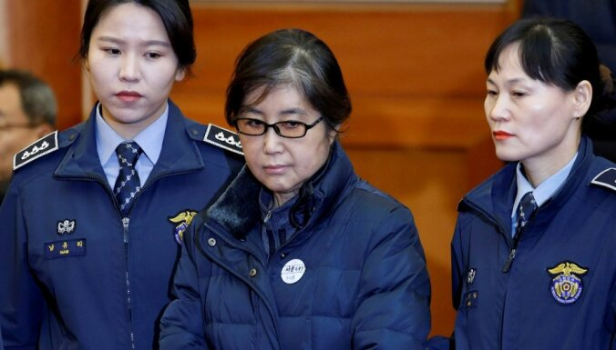 Подруга экс-президента Южной Кореи отправлена за решетку на 20 лет