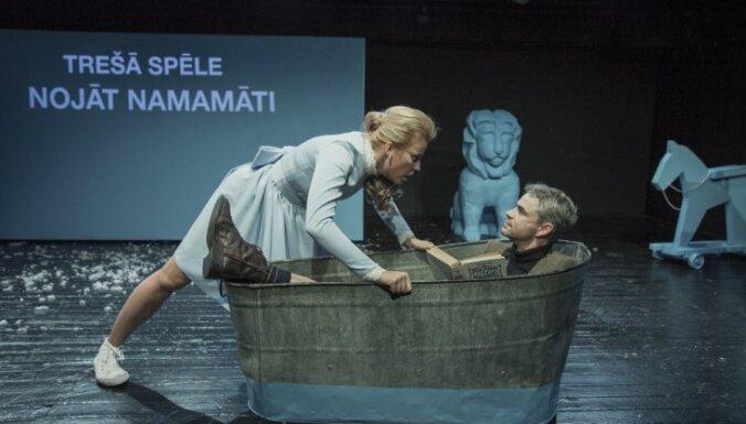 Foto: Iestudējumā 'Kam no Vilka kundzes bail?' Dailes teātrī atgriežas Agnese Zeltiņa