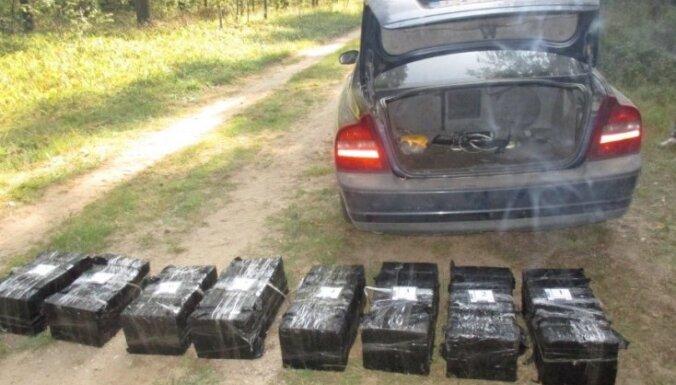 Пограничники задержали контрабандистов: изъято более 80 000 сигарет