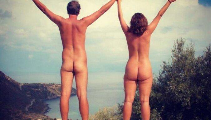 instagram.com/nakedwanderings