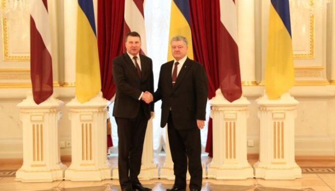 Порошенко: Латвия— не только друг, но и адвокат Украины