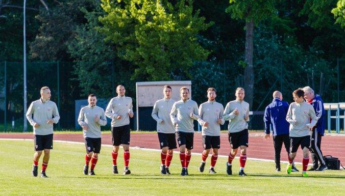 Latvijas futbola izlasē konstatēts Covid-19; nav skaidrības par spēli pret Vāciju