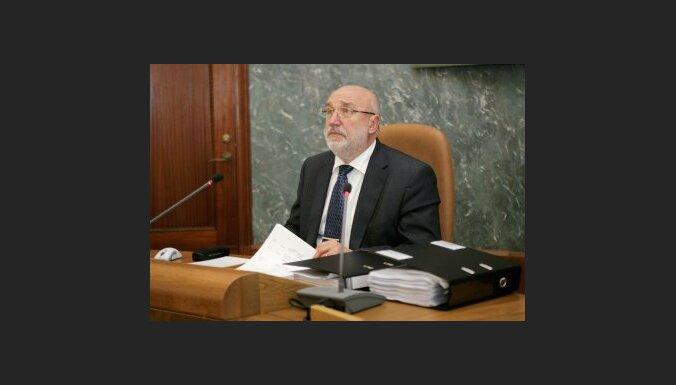 Godmanis paliek amatā; Zatlers prasa īstenot TP piedāvāto valdības reorganizācijas plānu (20:44)