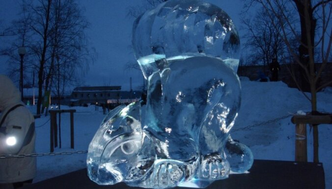 Ledus skulptūru festivāla laikā varēs piedalīties ekskursijās 'Pasakas un pilis Jelgavā'
