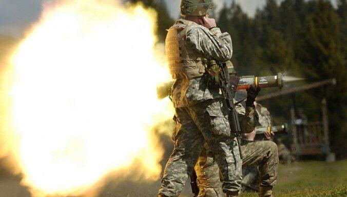 Latvijas 'tanku dūre' – izraēliešu superierocis un leģendārais zviedru iznīcinātājs
