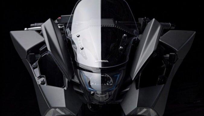 Kosmisks dizains, klasika un trīs riteņi – kurš būs Latvijas 'Gada motocikls'?