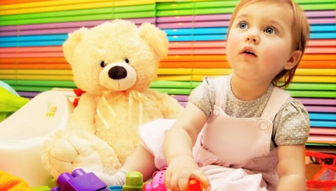 bērna attīstība, rotaļlietas