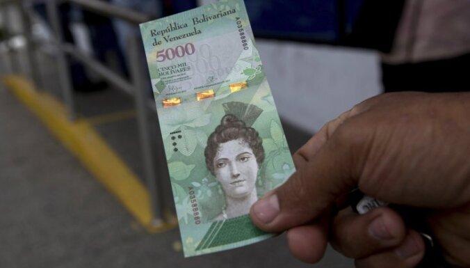 Krīze Venecuēlā saasinās – no bankomātiem nevar izņemt pat vienu ASV dolāru