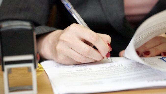 Notāri piedāvās virtuālas bezmaksas konsultācijas par mantojumu, nekustamo īpašumu iegādi un laulības šķiršanu