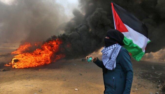 Foto: Protestos Gazā nogalināti vismaz 55 palestīnieši un ievainoti vēl 2700