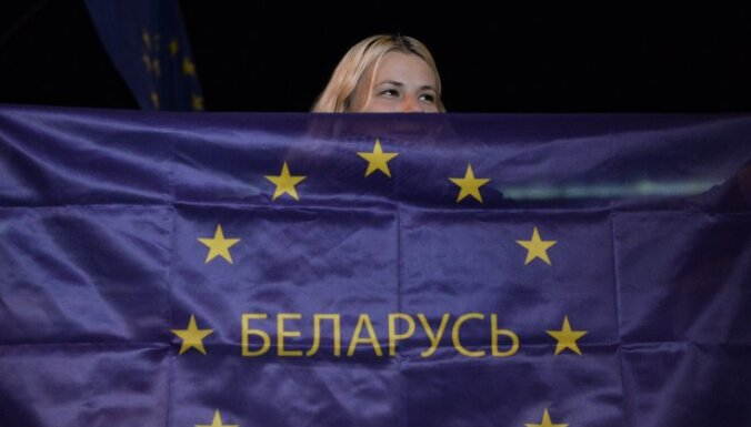 ES atceļ lielāko daļu sankciju pret Baltkrieviju un Lukašenko