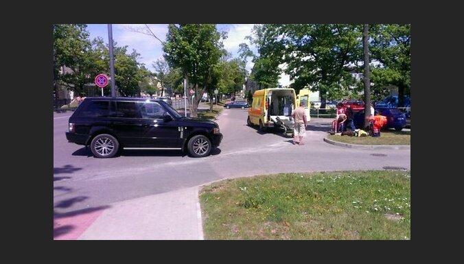 Урбанович на внедорожнике столкнулся с велосипедистом