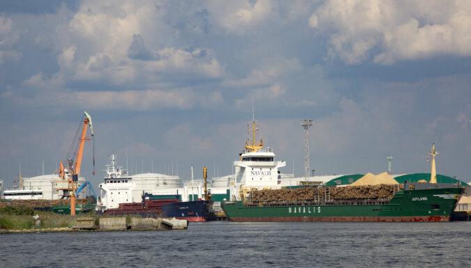 Перевалка грузов в Рижском порту рухнула на 25%