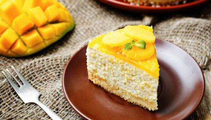 Krēmīgā mango kūka bez cepšanas