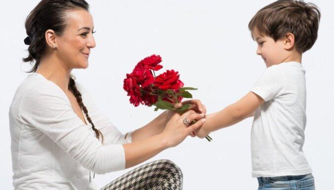 Kā audzināt dēlu bez tēva: 13 svarīgi noteikumi vientuļajām mammām