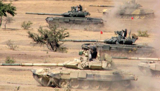Indija iecerējusi pasūtīto pustūkstoti 'T-90MS' tanku izvietot gar Pakistānas robežu