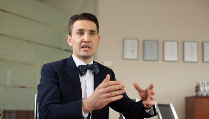 Andris Tauriņš: Vai par policista goda aizskārumu jāparedz cietumsods?