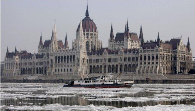 Парламент Венгрии поддержал квоты ЕС на беженцев