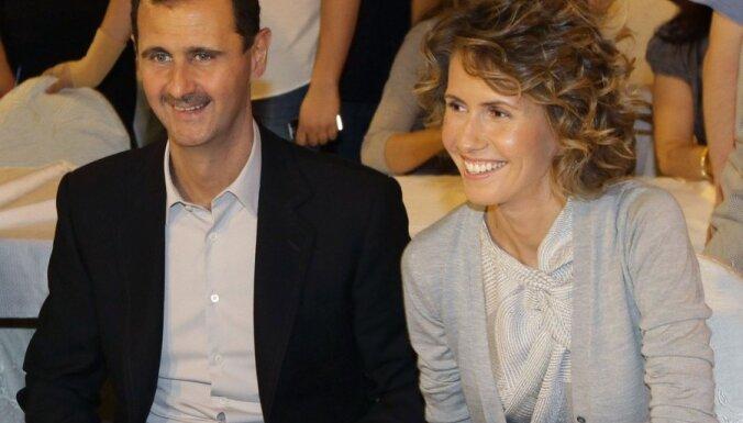 ANO diplomātu sievas aicina Asada sievu palīdzēt pārtraukt vardarbību valstī