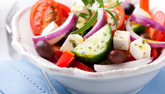 Grieķu salātu recepte