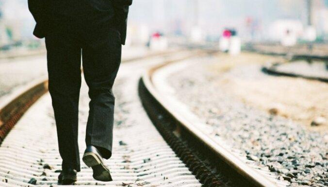 Bezdarbnieka pabalsta aprēķināšanā neņems vērā algu par pēdējiem četriem mēnešiem