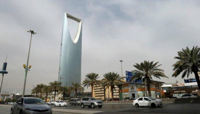 Saūda Arābija iekasēs 100 miljardus dolāru no korupcijā apsūdzētajiem biznesmeņiem